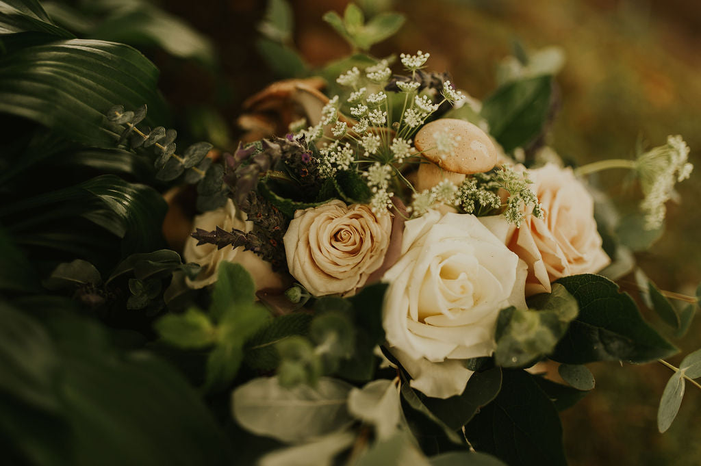 little miss lovely floral design // mushroom wedding bouquet // berlin maryland wedding florist