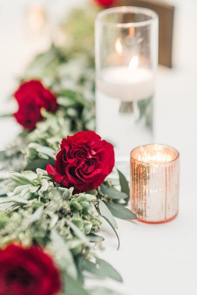 little miss lovely floral design // manda weaver photography // Chesapeak Hyatt Cambridge MD winter wedding
