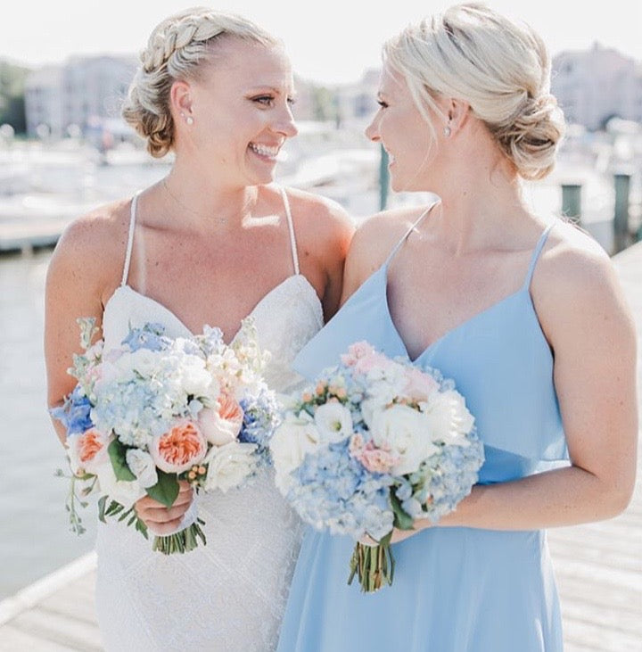 little miss lovely floral design // ocean city maryland beach wedding // ocean pines yacht club wedding
