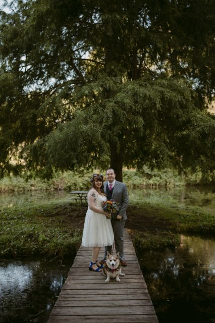 amber and jason's backyard wedding // salisbury md // little miss lovely floral design // the hursts & co