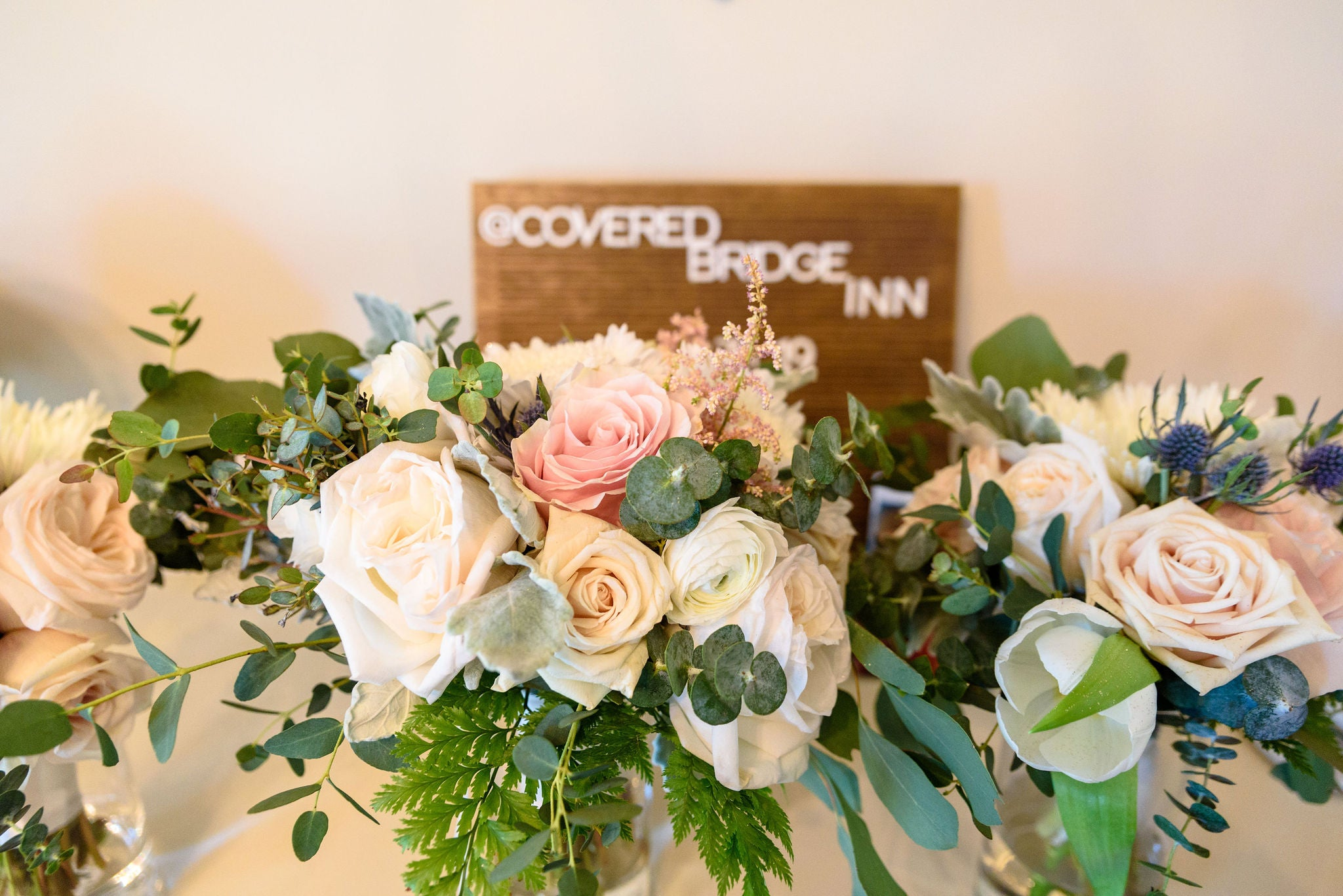 little miss lovely floral design // covered bridge inn wedding lewes, de // mauve and ivory wedding