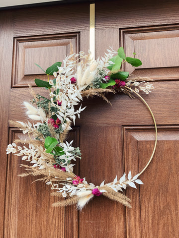 "14"" Metal Hoop Wreath with Dried Florals"