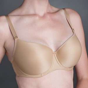 Fantasie 4510 Smoothing Molded T-Shirt Bra. Exciting new foam molded shape with natural projection for fitted clothing. In sizes 34-38C, 32-40D, 30-40DD,E,F, 30-38FF,G...