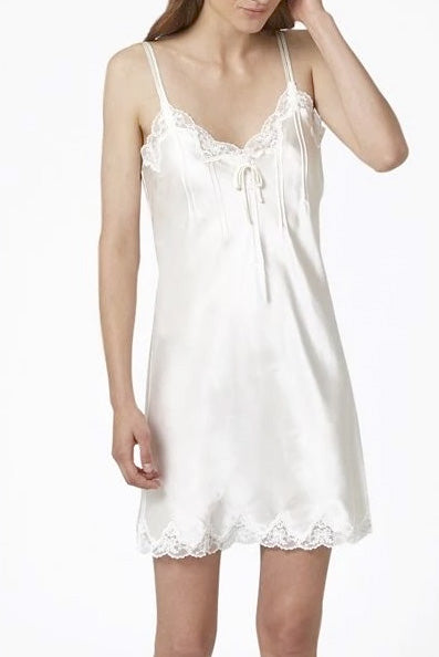 Ginia Scallop Lace Chemise 7002