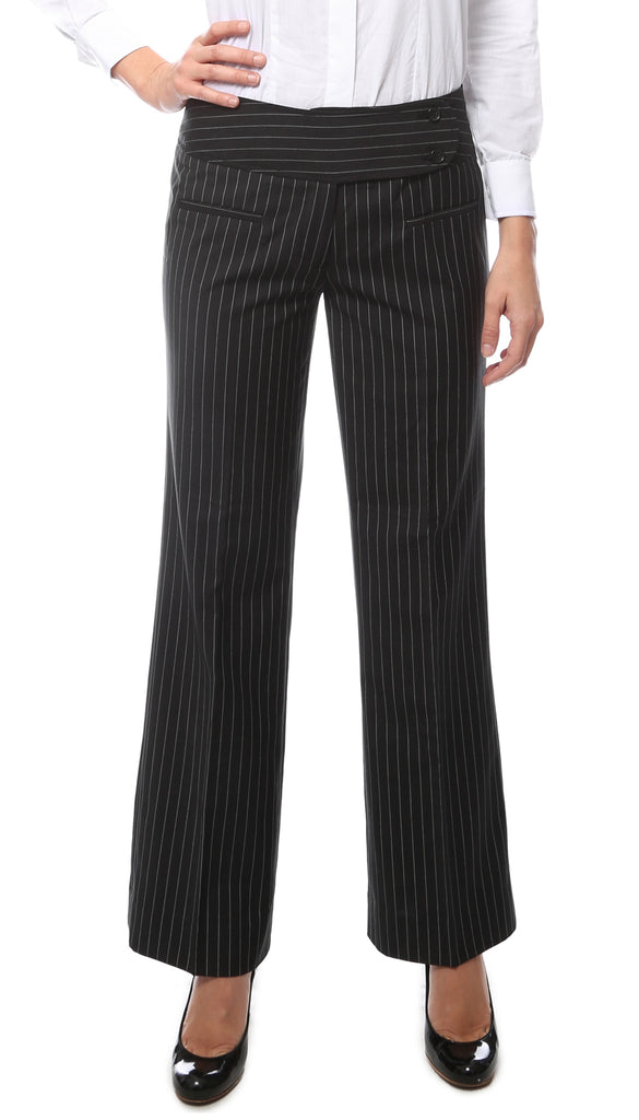 #black #pinstripe #trousers with #silver #thread subtlety running through #size14 #nightout #smart #workwear #office #mustgo as I'm having a clear out so #noswaps please contact me with any questions or if you would like multiple items to be combined.