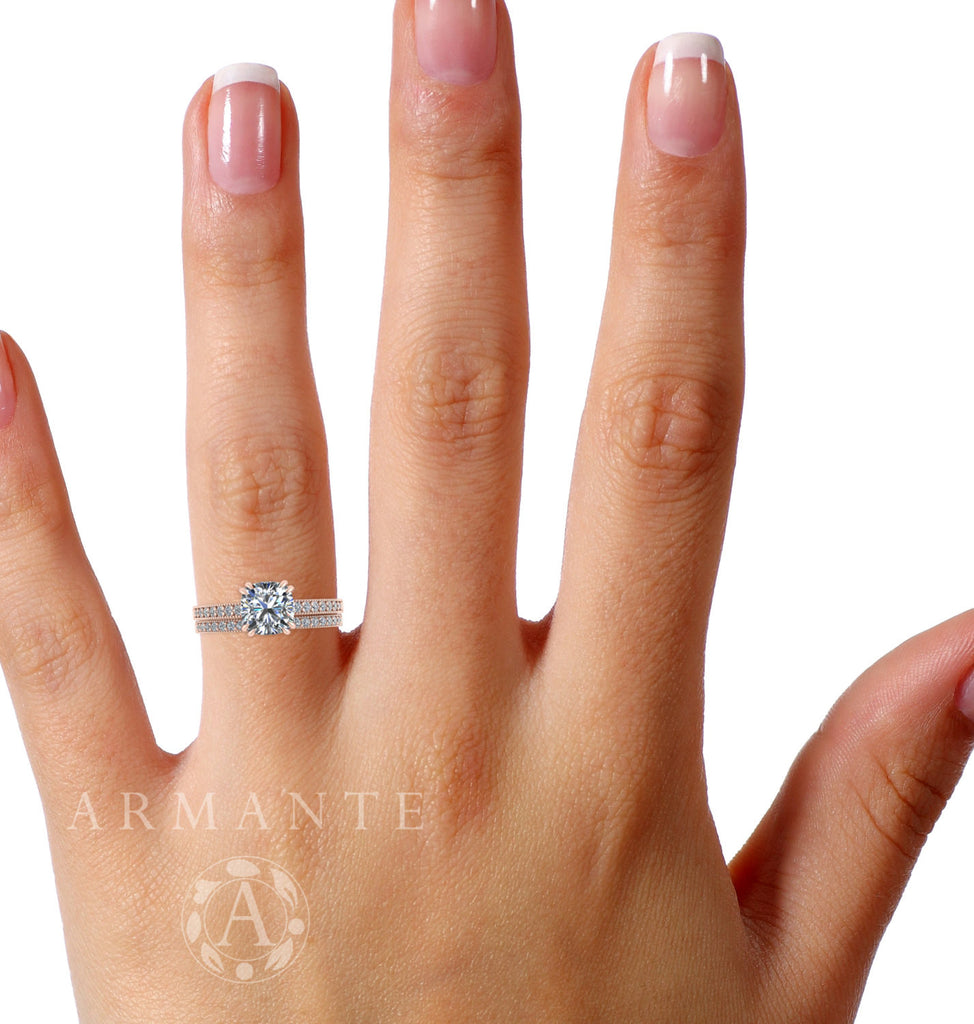 Rose Gold Soliatire Wedding Ring Set Moissanite