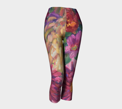 Pink Dahlias Capri Leggings - Liz Lauter Designs