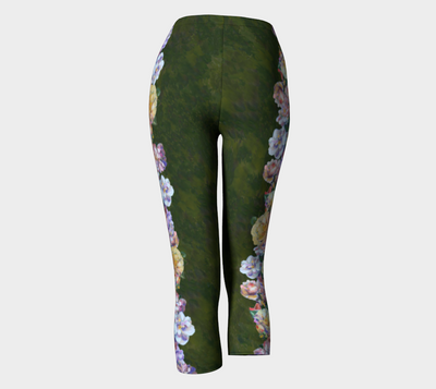 ROSE GARLAND CAPRI LEGGINGS - Liz Lauter Designs
