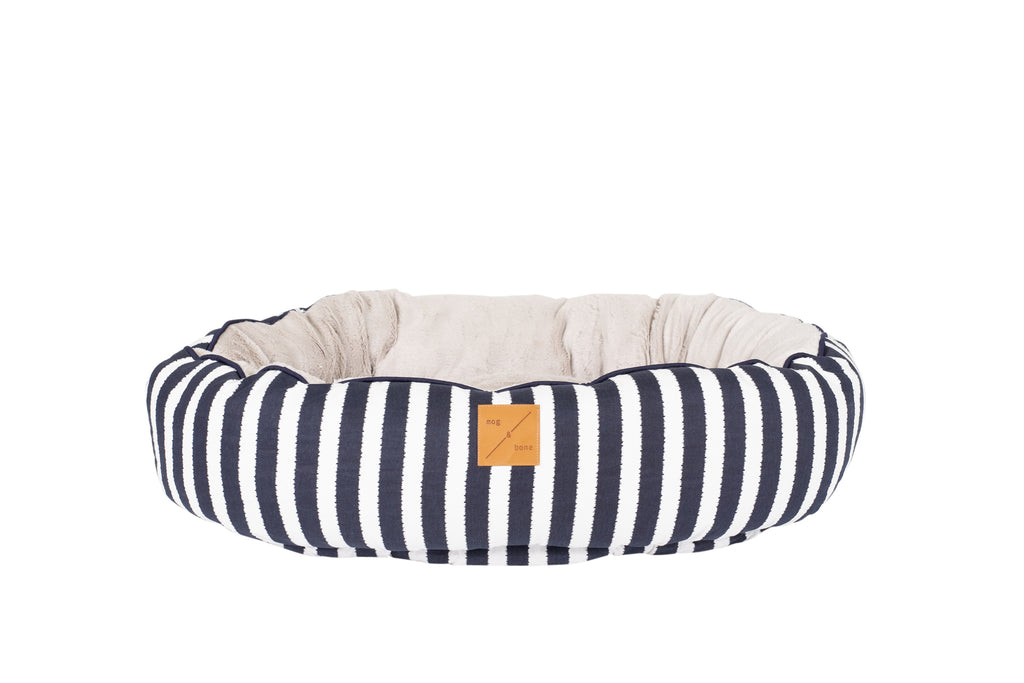 4 Seasons Reversible Circular Bed - Navy Hamptons Stripe Print