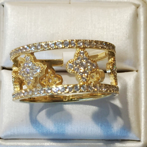 Clover Wide CZ 24K Yellow Gold Ring