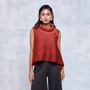 Sleeveless Turtleneck Top - Rust