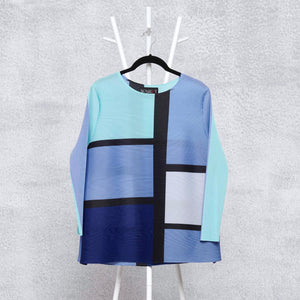 Colourblock Geometry Top - Shades of Blue