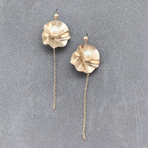 Pearl Chain Earrings - Champagne Gold