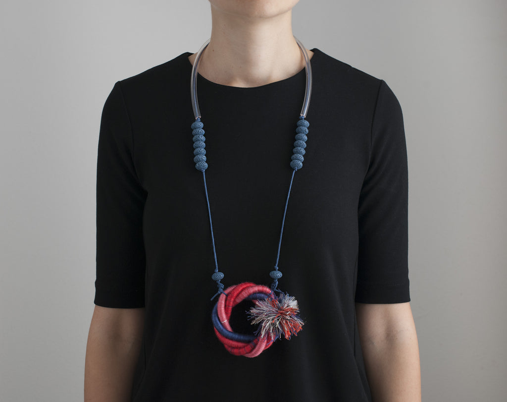 The Knotty Fringe necklace - Aqua Ombre