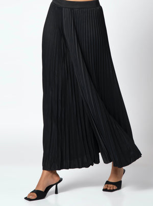 Arianna Wide Pleats Flair Pants - Black