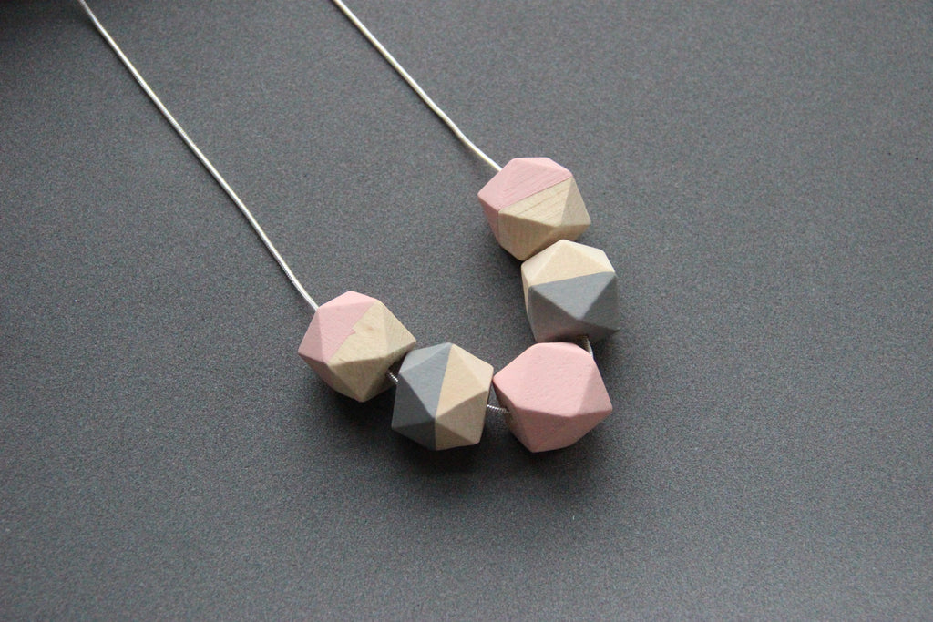 Polygon necklace scarlet sage