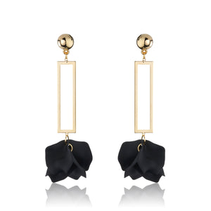 Zadie Earrings - Black