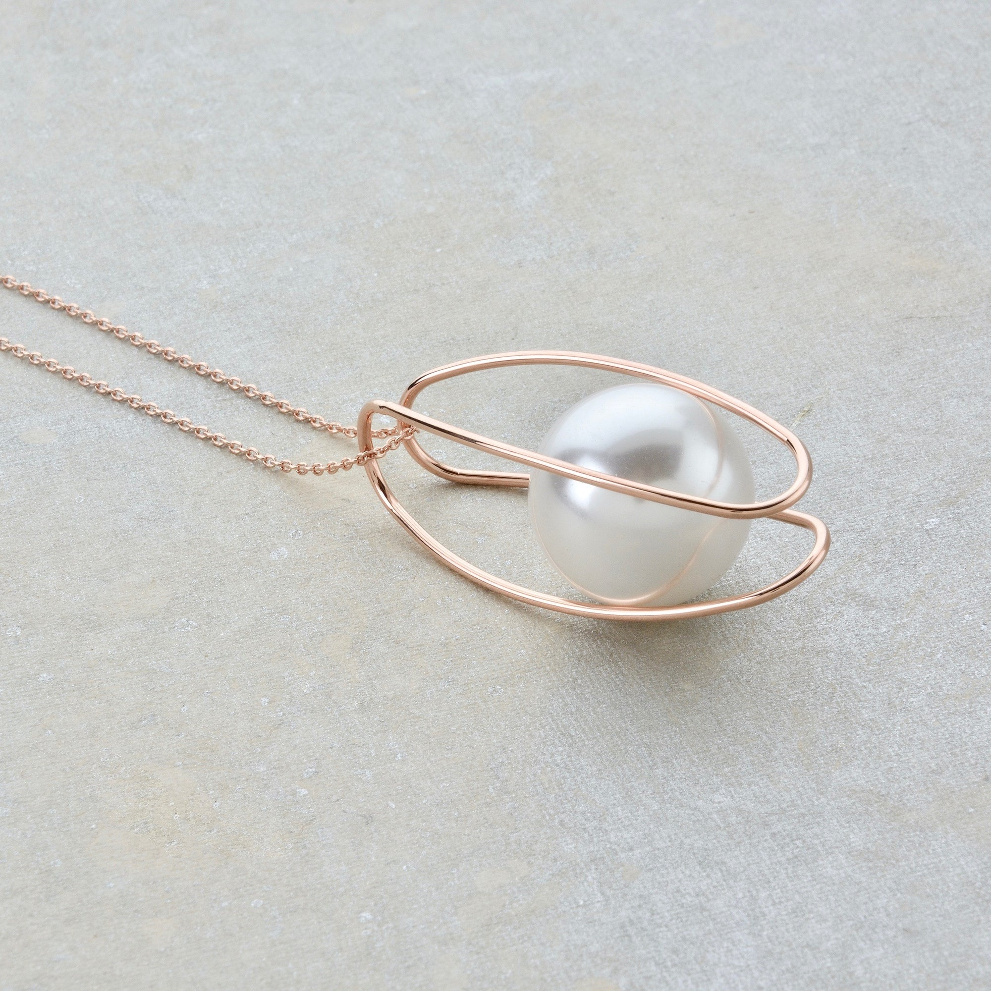 The Capsuled Pearl Necklace - Rose Gold