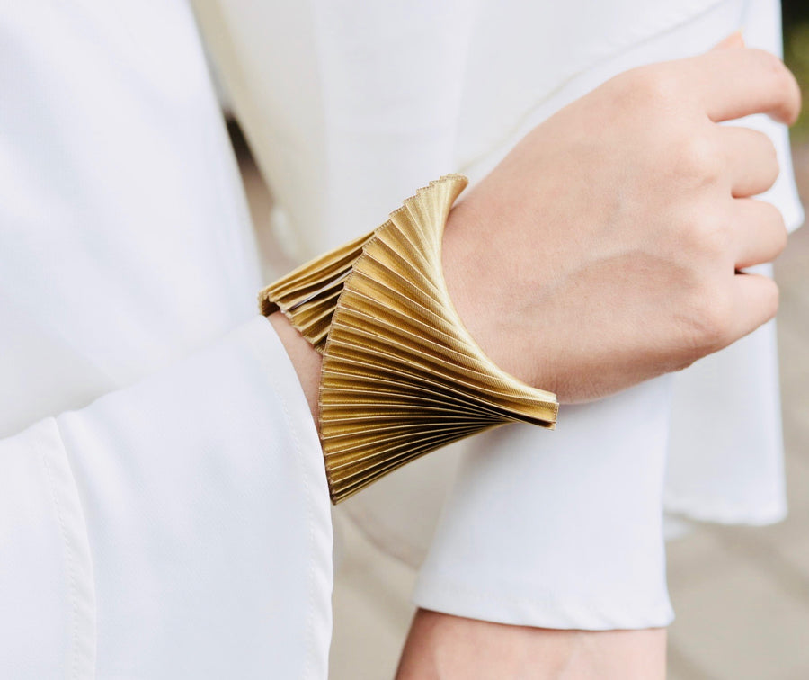 Shell Bracelet - Deep Gold