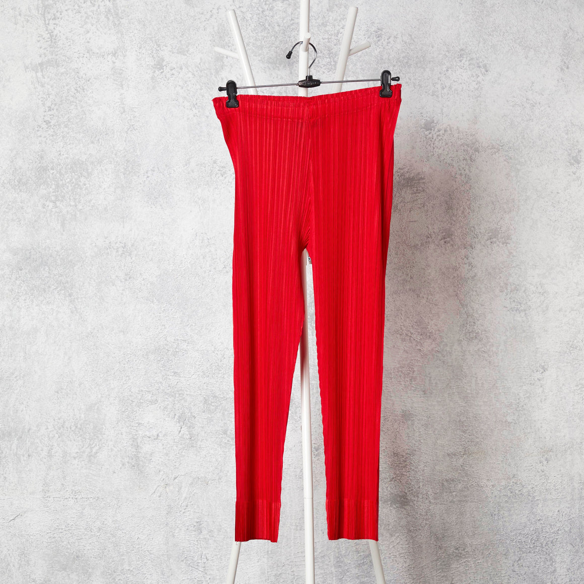 Pleated Slim Pants - Red