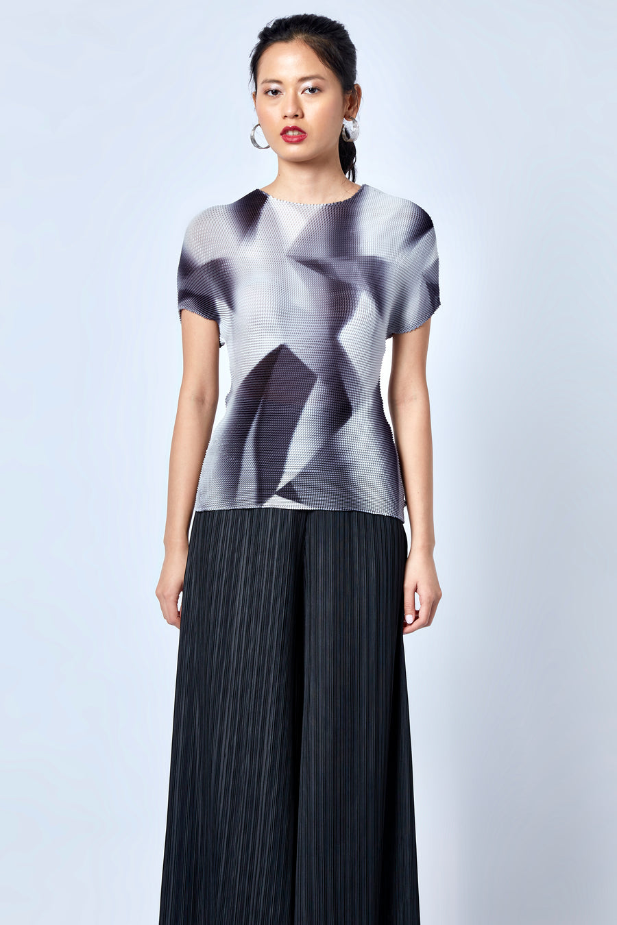 Cube Pleat Geometry Top - Monochrome