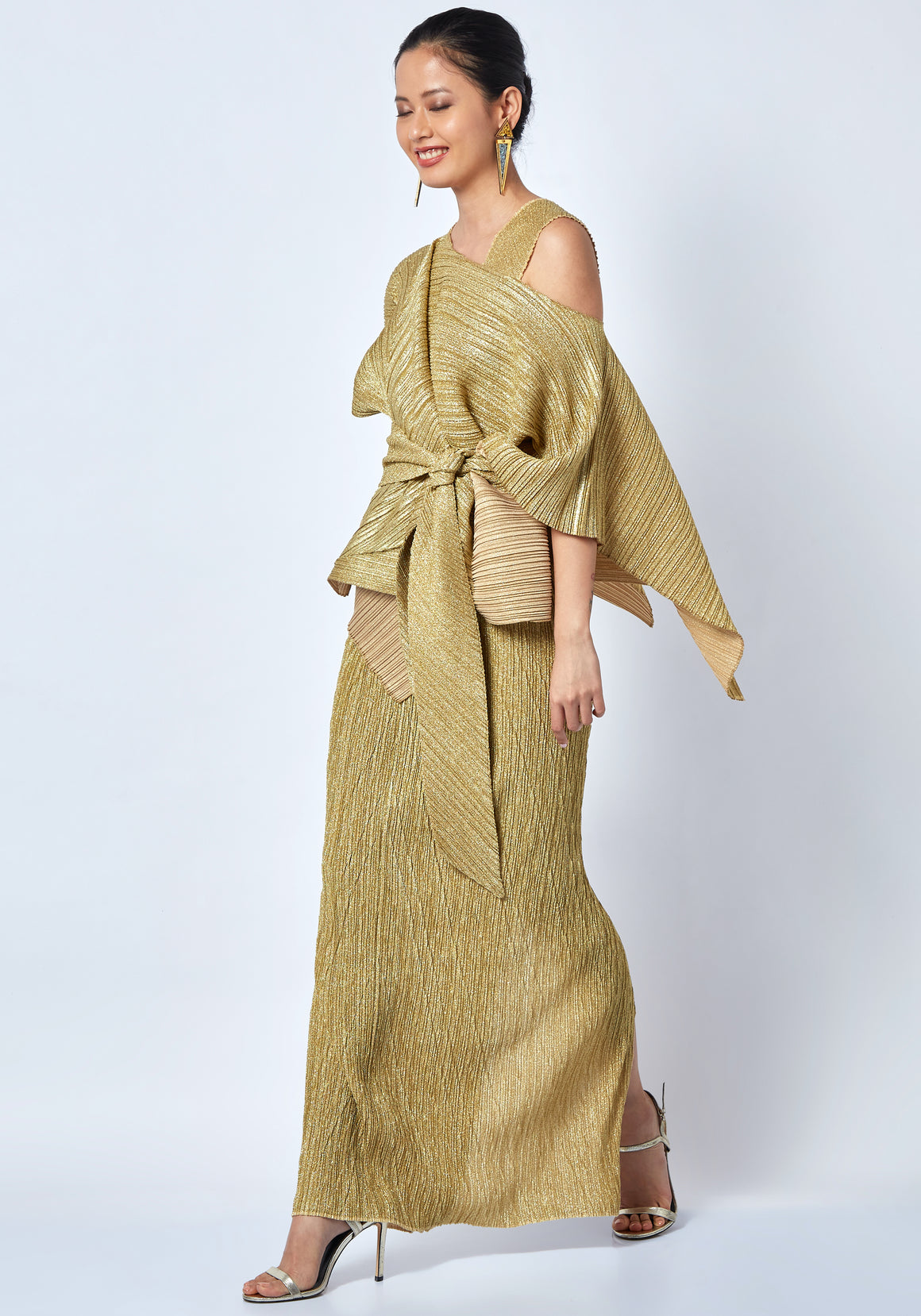 Kallista Cape Gown - Gold