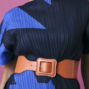 Classic Self Colour Elastic Buckle Belt - Amber Tan
