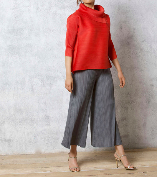 3/4 Sleeve Turtle Neck - Red