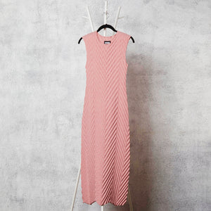 Chevron Pleated Dress - Pink