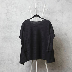 The Side Panelled Top - Black