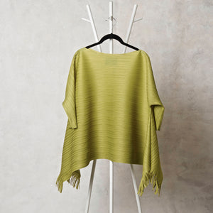Flared 3/4 Sleeve Hi Low Top - Peridot Green