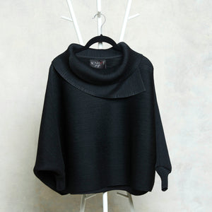 The Batwing Turtle Neck - Black