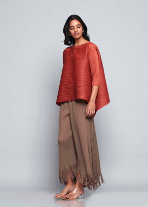 Flared 3/4 th Sleeve Hi Low Fringed Short Top - Deep Rust