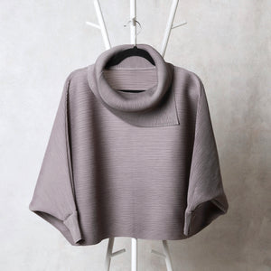The Batwing Turtle Neck - Grey