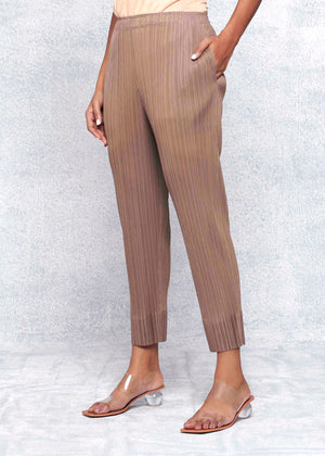 Pleated Slim Pants -Taupe