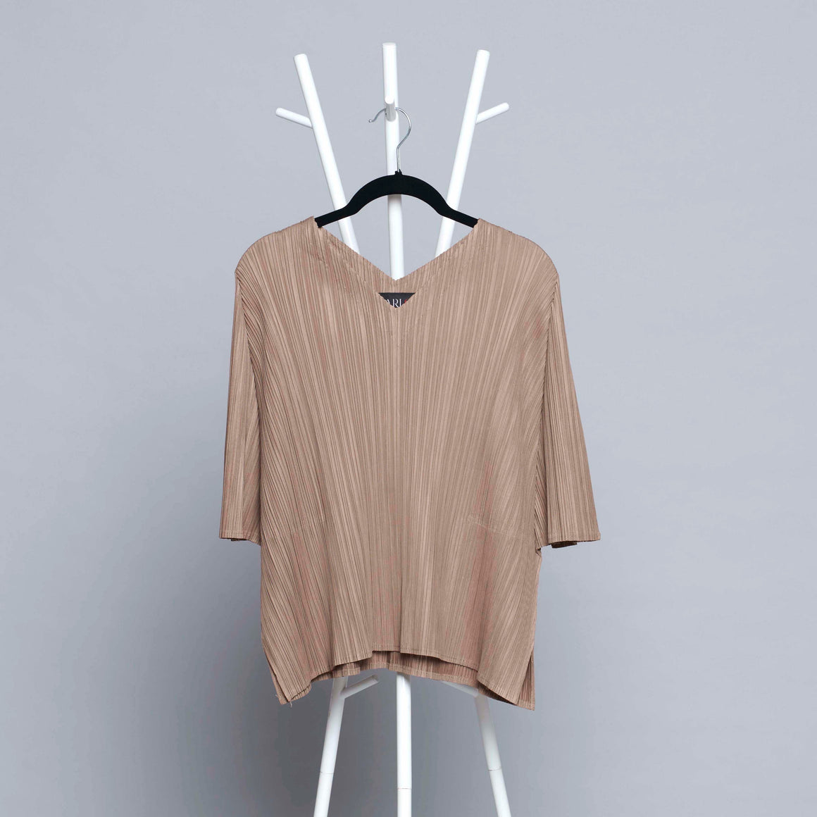V Neck Short Sleeve Top - Taupe