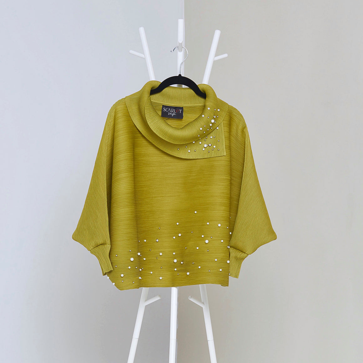 Batwing Pearled Turtle Neck Top - Peridot Green