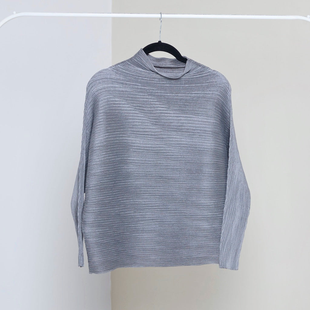 Full Sleeve Weave Pleat Top - Grey