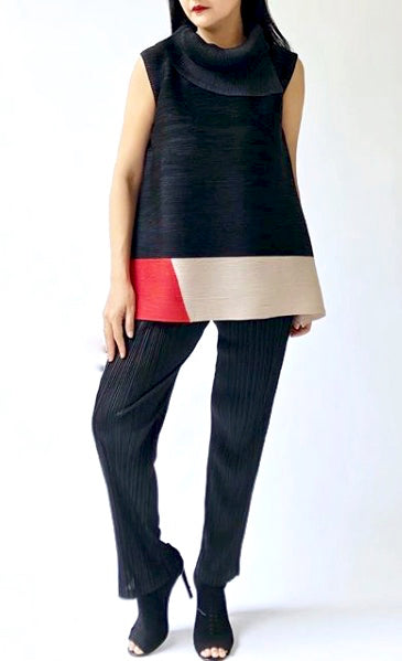 Sleevless Turtleneck Colour Block - Black with Red