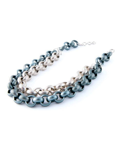 The Silver and Blue Chain Collier