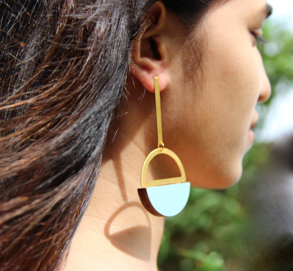 Pendulum Earrings - Gold & Black