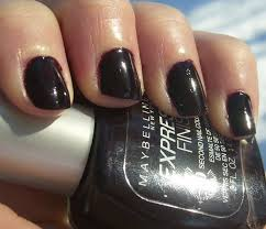 Sexy Sparkles Maybelline Express Finish Fast Dry NailColor 210 Plum Intense