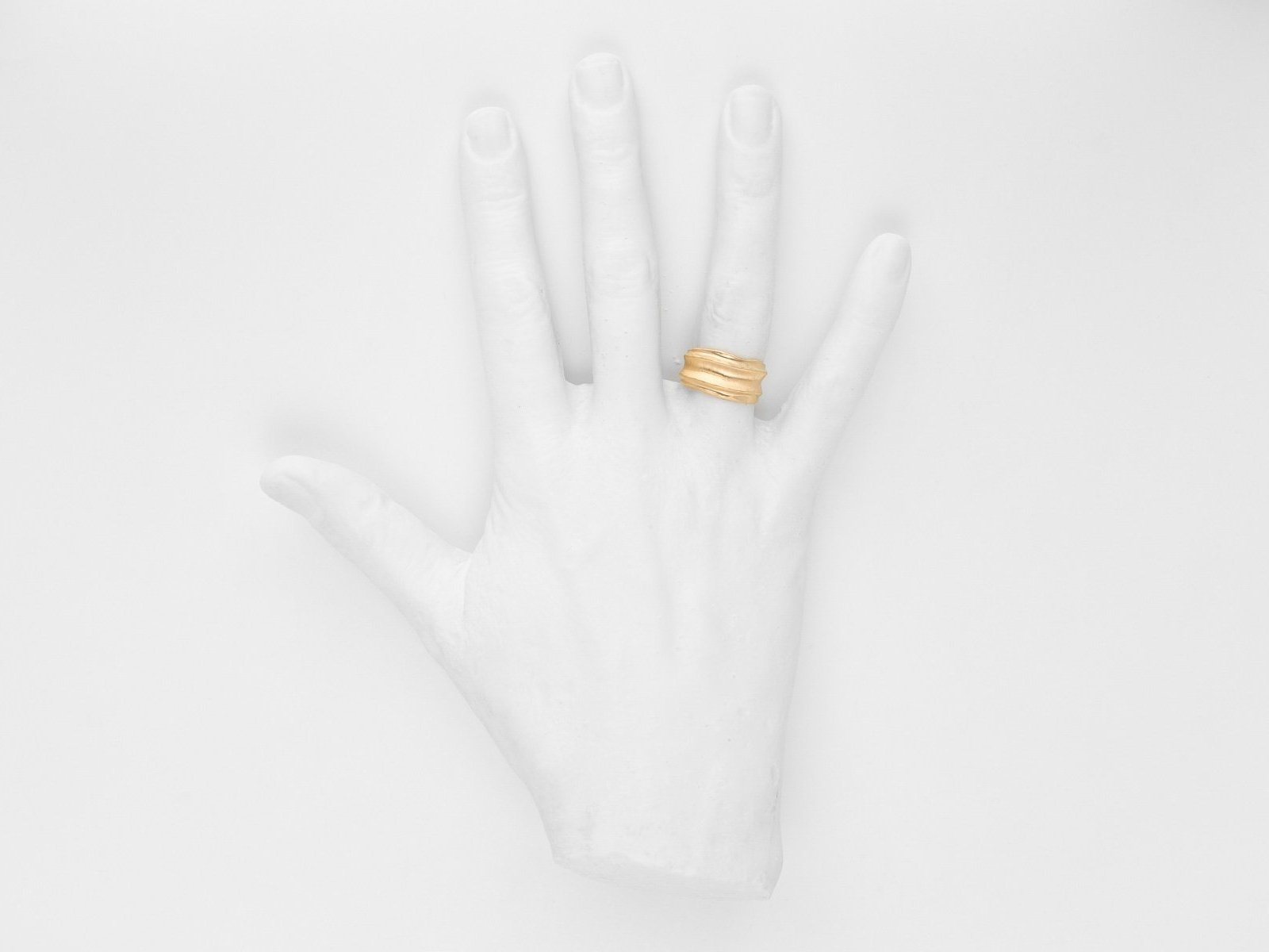 Nude and Mirror Gold Ring