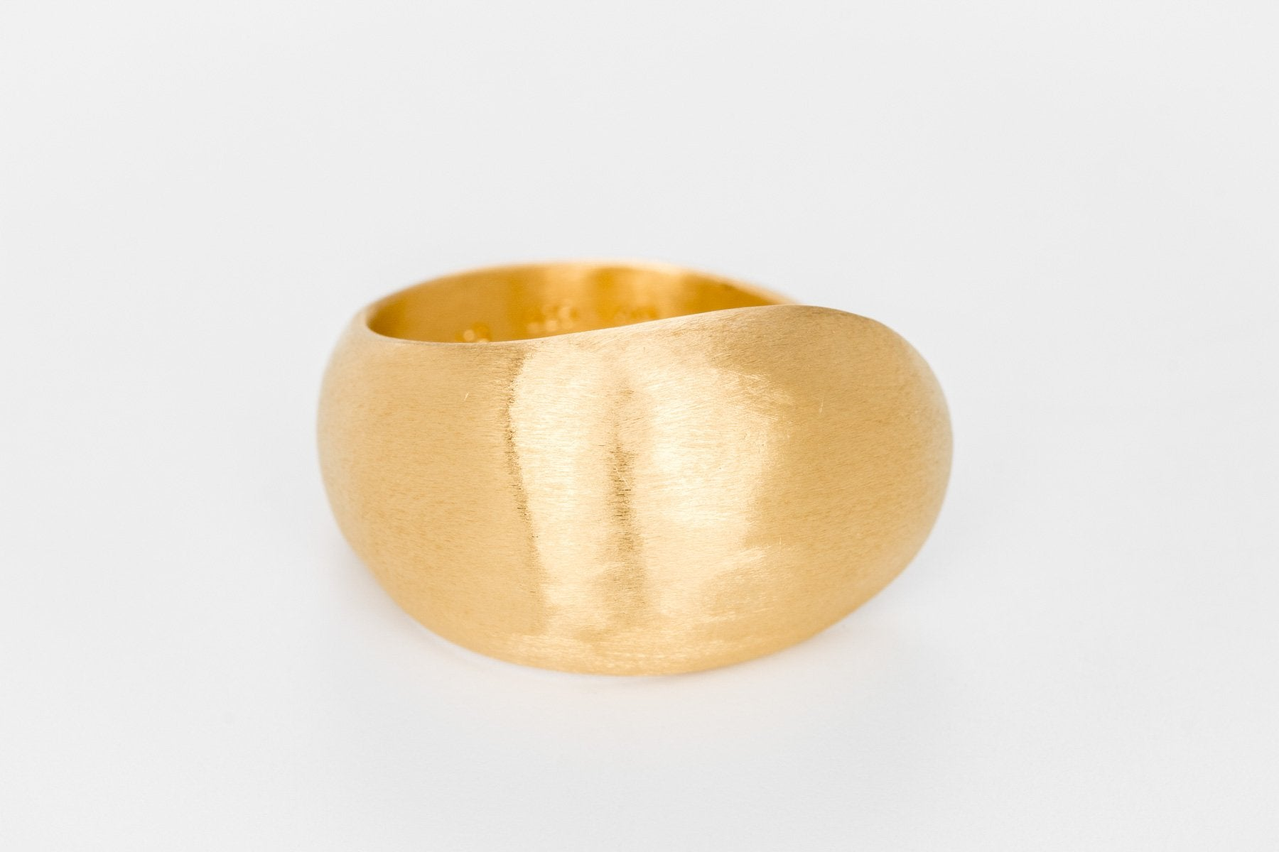 Cloudless Sky Gold Ring - Bjørg Jewellery