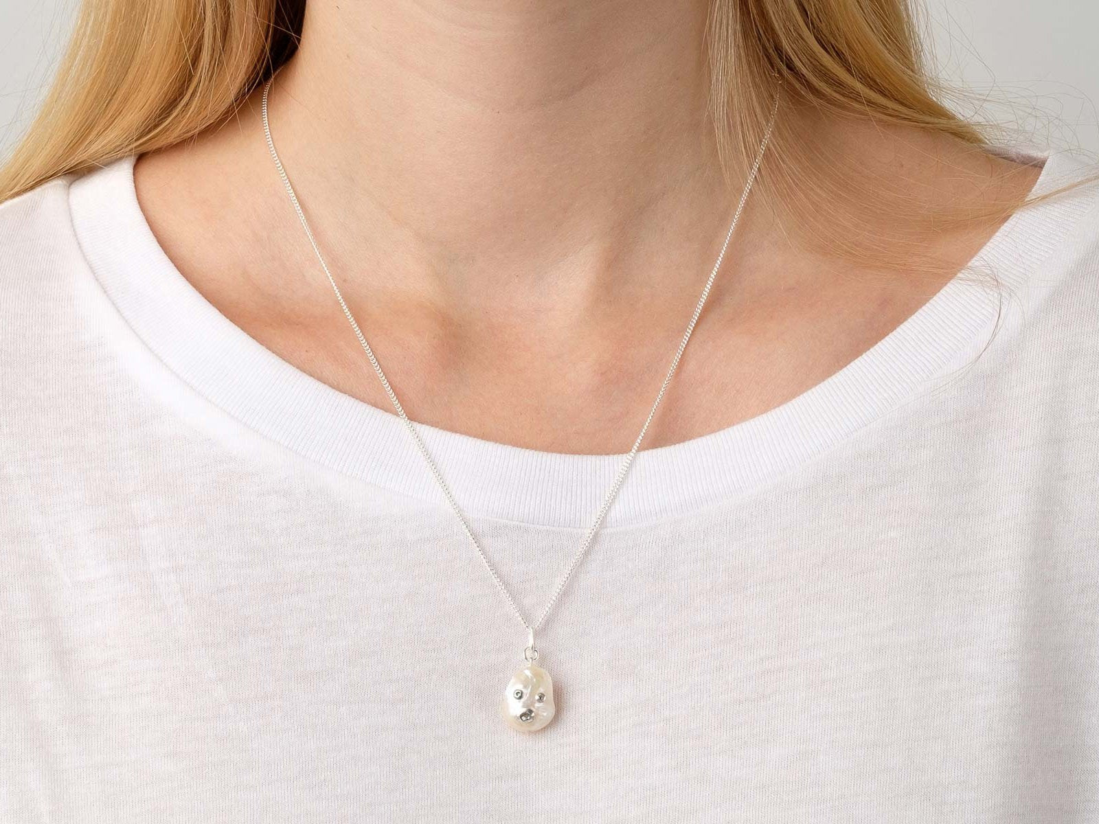 Face of the moon Necklace