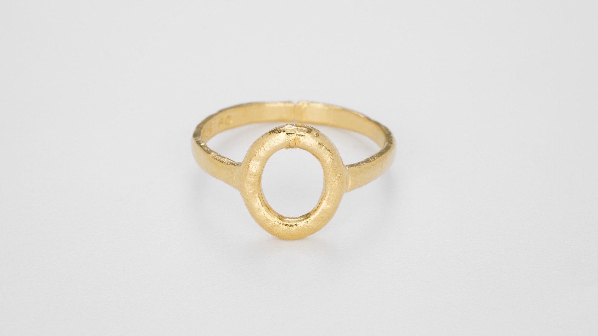 sewart contemporary gold rings product yellow gallery white plymouth devon ring victoria jewellery
