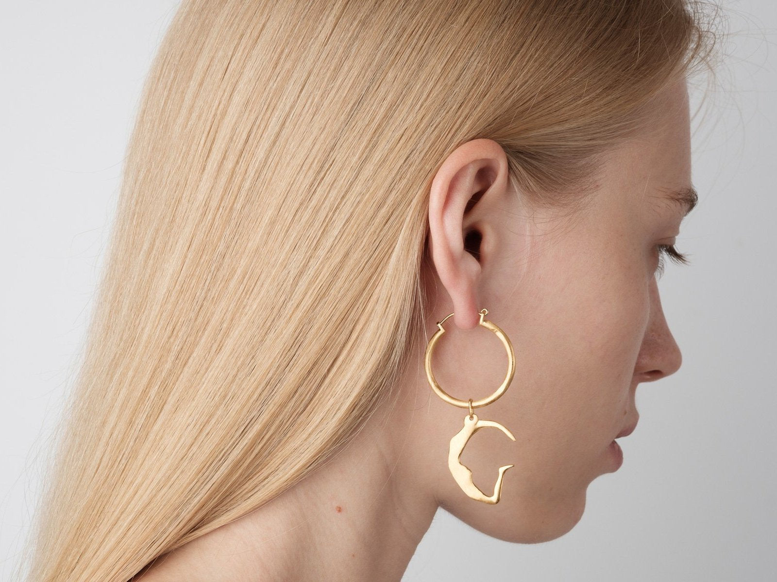 G / Large Hoops