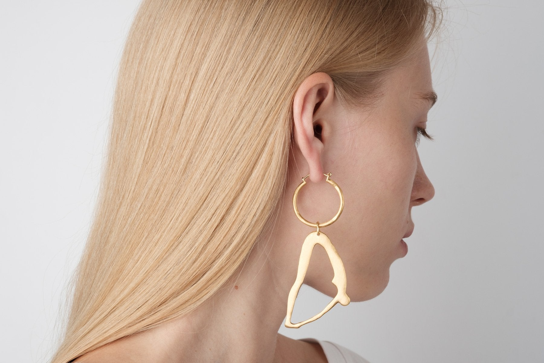 D / Large Hoops