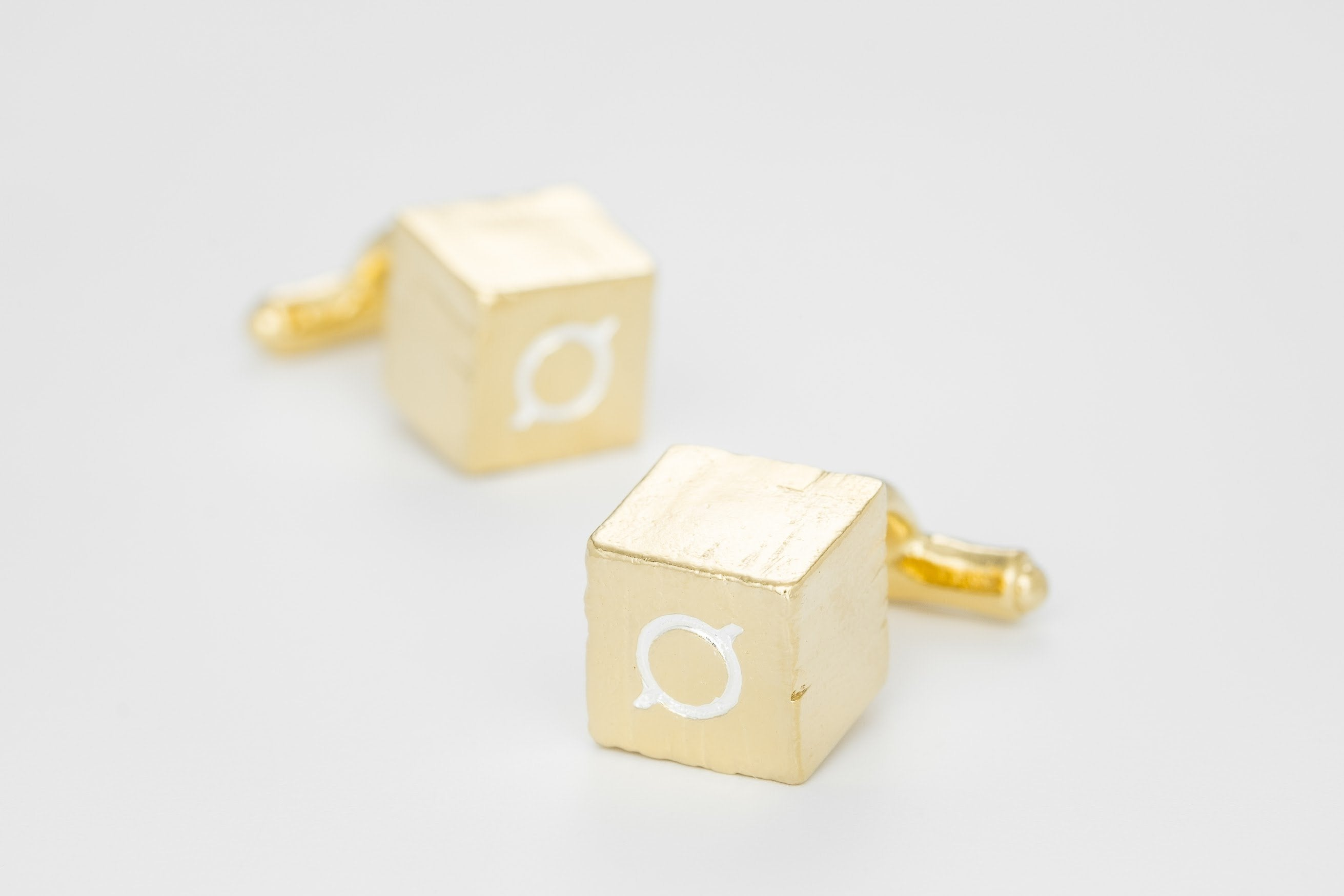 Logo cufflinks (3 pieces only)