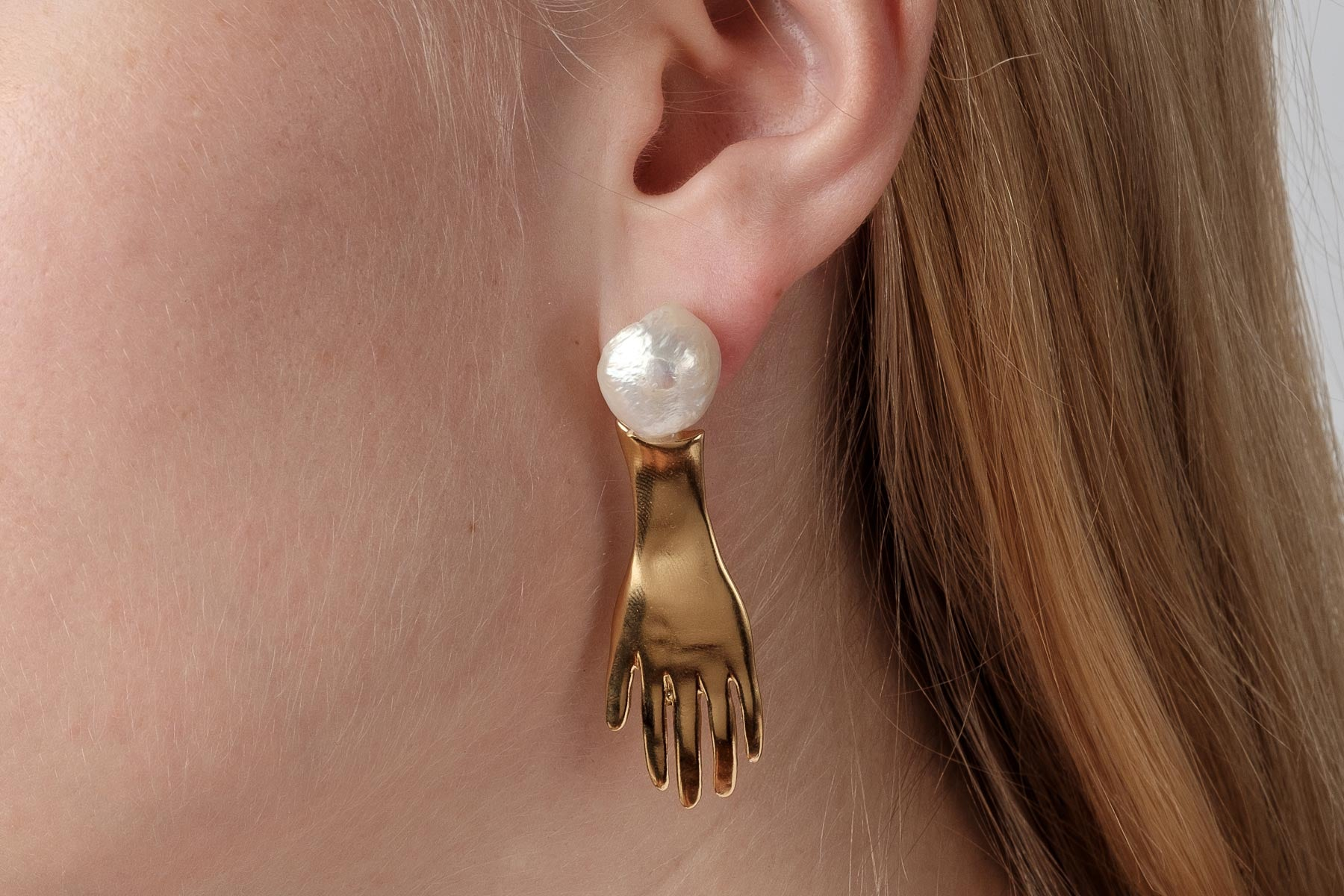 The Pearl White Spirit Earrings